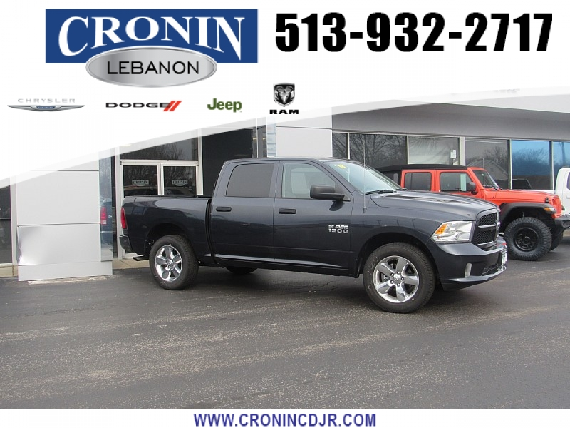 Pre-Owned 2018 Ram 1500 4WD Crew Cab Express