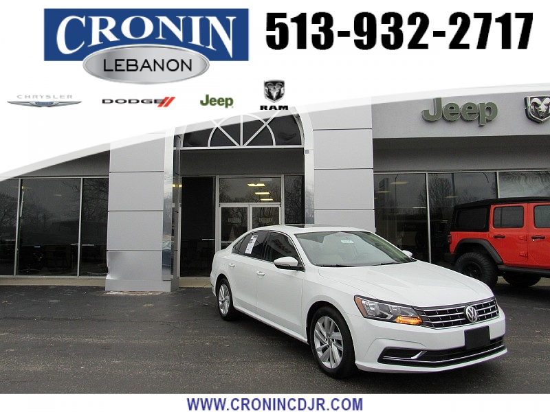 Pre-Owned 2018 Volkswagen Passat 4d Sedan 2.0T SE