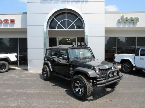 Pre-Owned 2015 Jeep Wrangler Unlimited 4d Convertible Sport